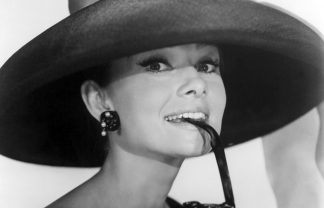 Claridges Hotel and the Dolce and Gabbana Christmas tree Annex Hepburn Audrey Breakfast at Tiffanys 09 324x208
