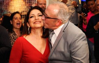 """Larios on the Beach""  Re-Opening of the Fantastic Larios on the Beach 1 Gloria Emilio Estefan 3 324x208"