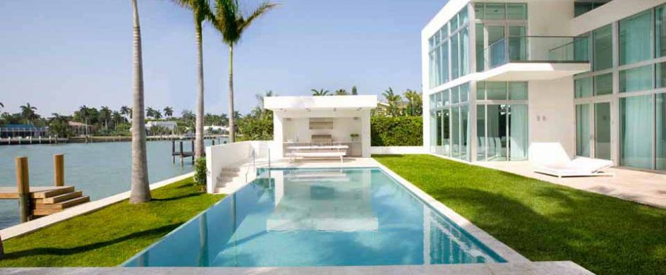 """Amazing Tropical House in Miami Beach""  Amazing Tropical House in Miami Beach 20 14 944x390"