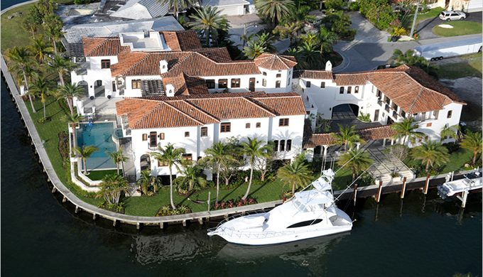 """Celebrity House in Miami: Kim Kardashian"" house in miami: kim kardashian Celebrity House in Miami: Kim Kardashian 21 680x390"