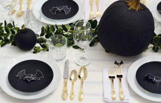 exciting decorating ideas to halloween EXCITING DECORATING IDEAS TO HALLOWEEN gallery 1467994133 halloween decorations bat tablescape 324x208