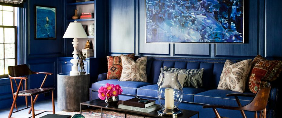 blue living rooms 10 Lavish Blue Living Rooms to Inspire you zach desart 1 1 930x390